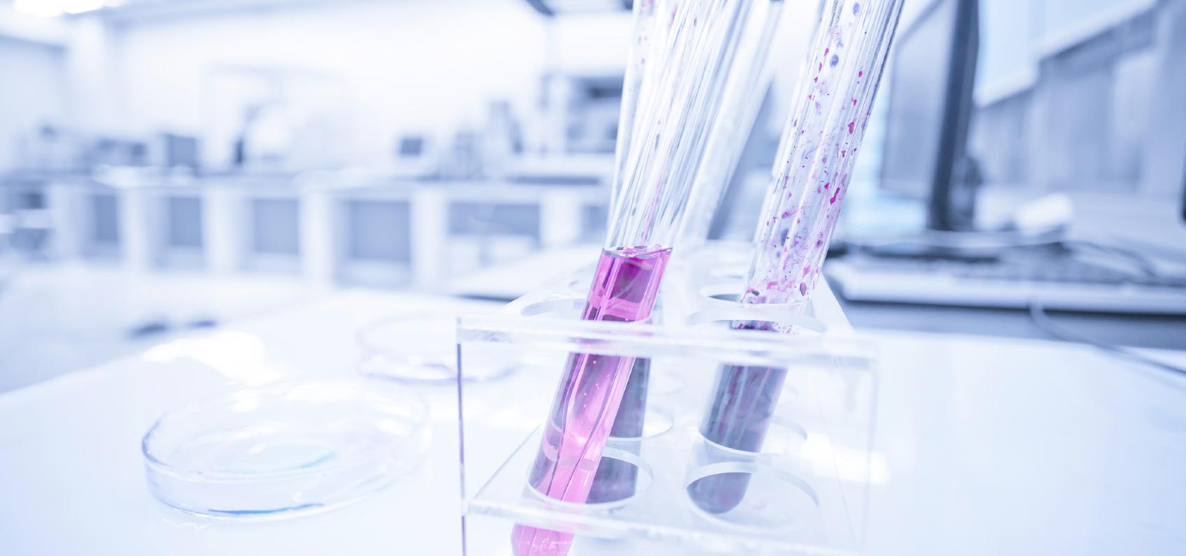 Laboratorio para el tratamiento de ETS en la Clínica EMECE